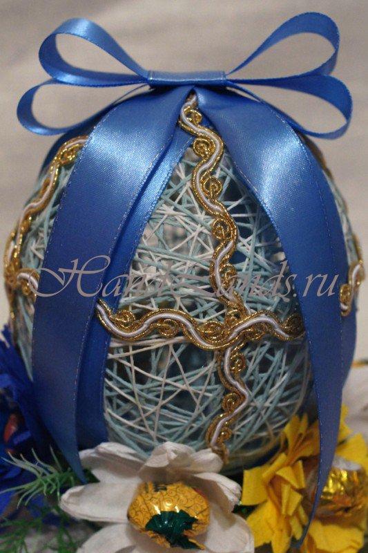украшаем пасхальные яйца